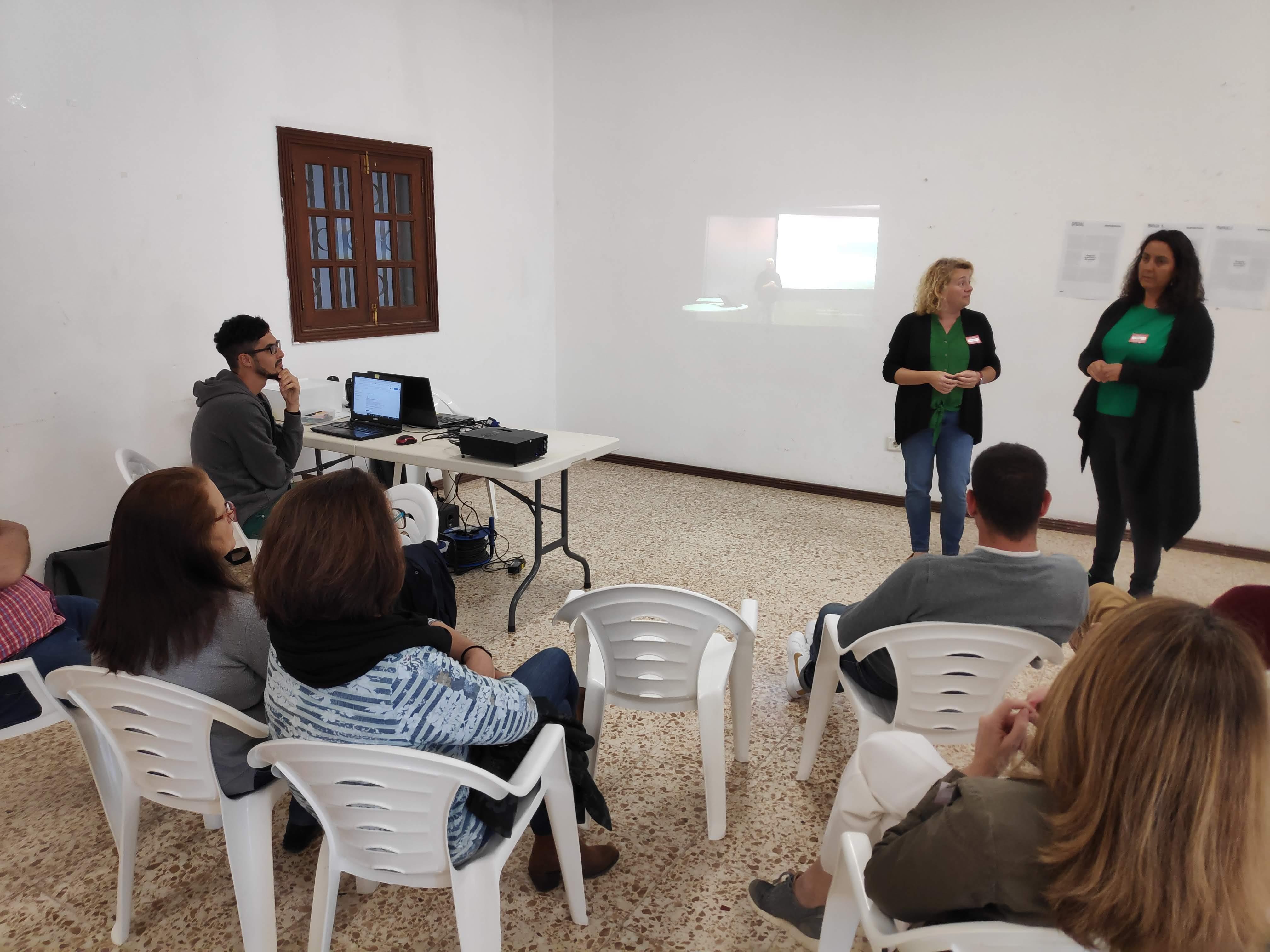 "<span class=""highlighted bluebg-whitefg"">Tecnología Cívica y Datos Ciudadanos</span><br>Jornada #02"